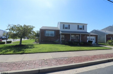 614 Surrey Ave, Ventnor, New Jersey 08406, 3 Bedrooms Bedrooms, ,1 BathroomBathrooms,Single Family,For Sale,Surrey Ave,11295