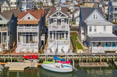 20 10th St, Ocean City, New Jersey 08226, 3 Bedrooms Bedrooms, ,2 BathroomsBathrooms,Single Family,For Sale,10th St,11598
