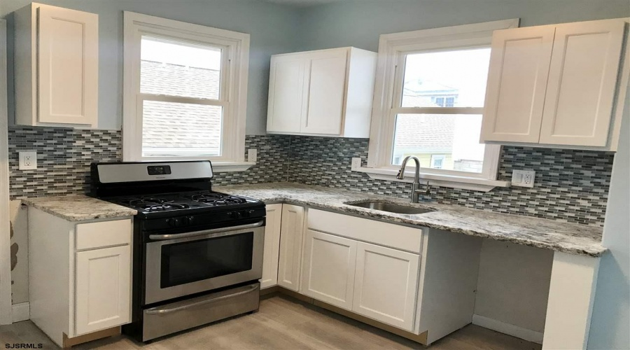 103 Portland Ave., Ventnor, New Jersey 08406, ,Duplex,For Sale,Portland Ave.,13211