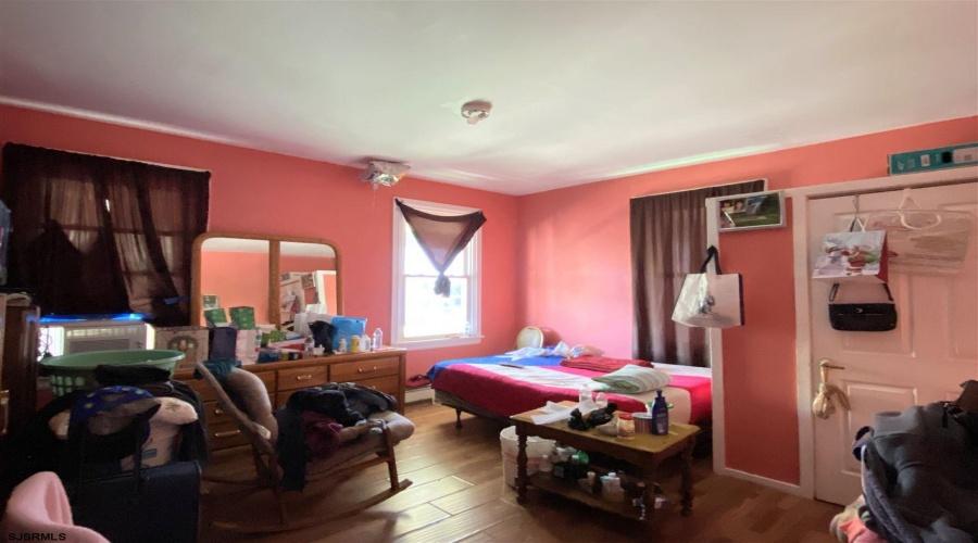 106 Massachusetts, Atlantic City, New Jersey 08401, ,Triplex,For Sale,Massachusetts,13313