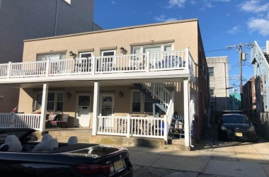 112 Little Rock, Ventnor, New Jersey 08406-2891, ,4 - 10 Units,For Sale,Little Rock,13472