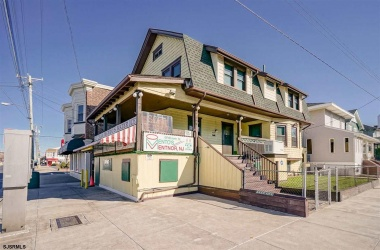 1 Victoria, Ventnor, New Jersey 08406, ,1 BathroomBathrooms,For Sale,Victoria,13945