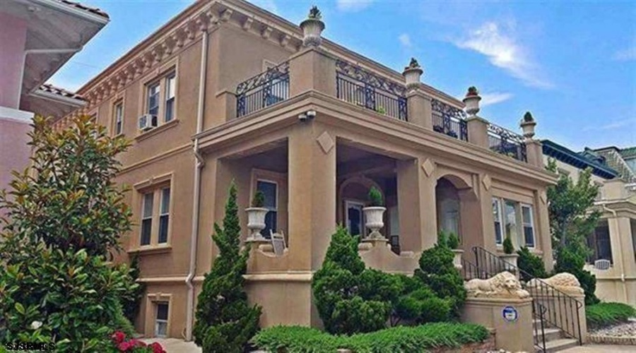 106 Raleigh, Atlantic City, New Jersey 08401, 6 Bedrooms Bedrooms, ,4 BathroomsBathrooms,Single Family,For Sale,Raleigh,2238