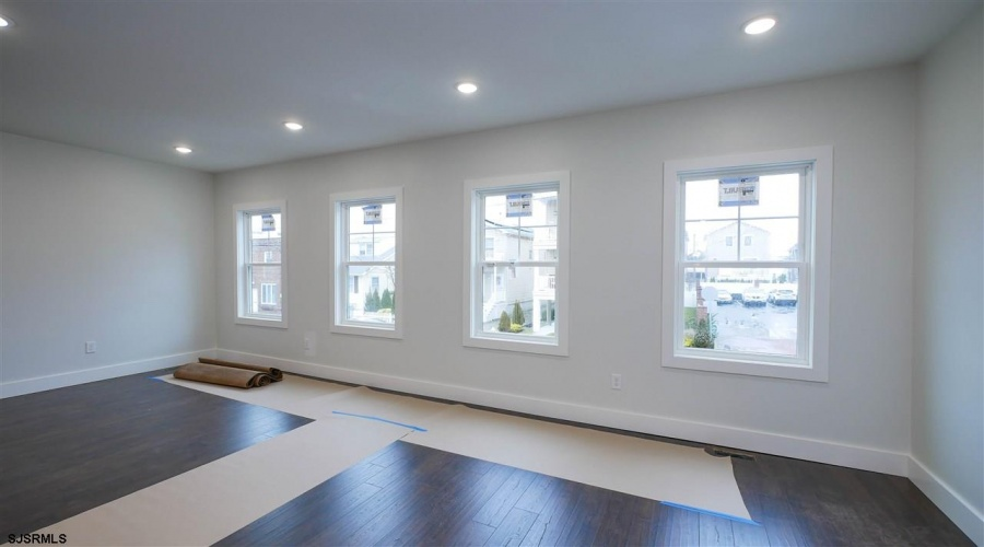 24 Washington, Margate, New Jersey 08402, ,1 BathroomBathrooms,For Sale,Washington,14252