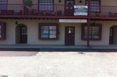12 LaSalle, Vineland, New Jersey 08360, 3 Bedrooms Bedrooms, ,2 BathroomsBathrooms,Condo,For Sale,LaSalle,14582