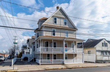 301 13th, Ocean City, New Jersey 08226, 4 Bedrooms Bedrooms, ,2 BathroomsBathrooms,Condo,For Sale,13th,15110