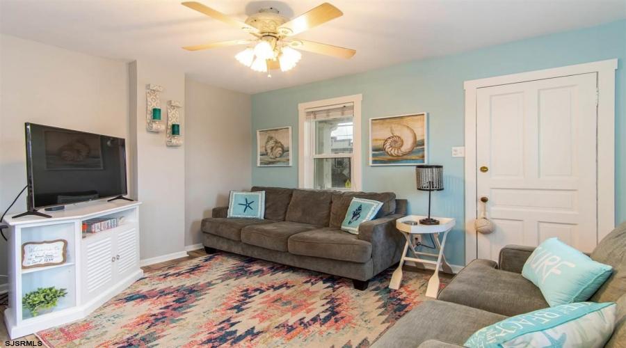 301 13th, Ocean City, New Jersey 08226, 4 Bedrooms Bedrooms, ,2 BathroomsBathrooms,Condo,For Sale,13th,15110
