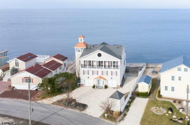 121 Beach, Cape May Court House, New Jersey 08210, 4 Bedrooms Bedrooms, ,4 BathroomsBathrooms,Single Family,For Sale,Beach,15301