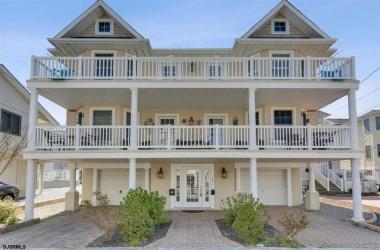 26 Adams, Margate, New Jersey 08402, 3 Bedrooms Bedrooms, ,2 BathroomsBathrooms,Condo,For Sale,Adams,15321