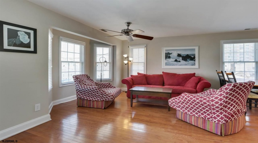 26 Adams, Margate, New Jersey 08402, 3 Bedrooms Bedrooms, ,2 BathroomsBathrooms,Condo,For Sale,Adams,15321