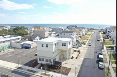301 10th St S, Brigantine, New Jersey 08203, 2 Bedrooms Bedrooms, ,1 BathroomBathrooms,Condo,For Sale,10th St S,15362