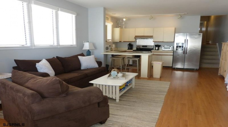 805 Central, Ocean City, New Jersey 08226, 2 Bedrooms Bedrooms, ,1 BathroomBathrooms,Condo,For Sale,Central,15430
