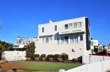 4 Point, Longport, New Jersey 08403, 4 Bedrooms Bedrooms, ,4 BathroomsBathrooms,Single Family,For Sale,Point,15589
