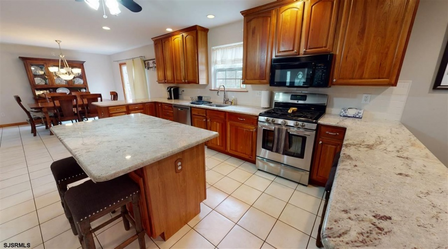 711 8th Ave, Galloway Township, New Jersey 08205-0000, 4 Bedrooms Bedrooms, ,2 BathroomsBathrooms,Single Family,For Sale,8th Ave,16498