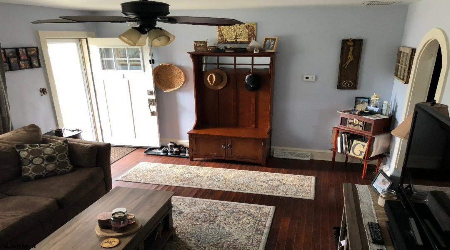 1311 Loretta, Mays Landing, New Jersey 08330-1414, 2 Bedrooms Bedrooms, ,1 BathroomBathrooms,Single Family,For Sale,Loretta,16507