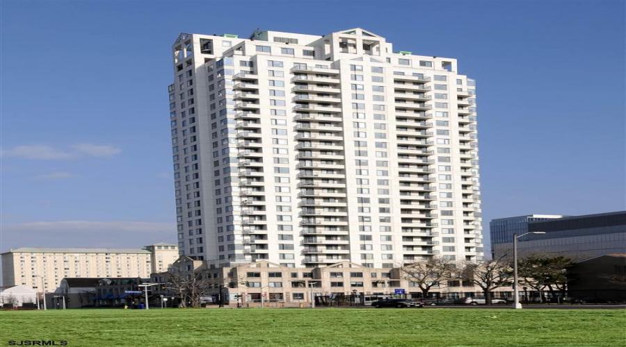 526 Pacific- Atlantic City- New Jersey 08401, 2 Bedrooms Bedrooms, ,2 BathroomsBathrooms,Condominium (rental),For Sale,Pacific,16941