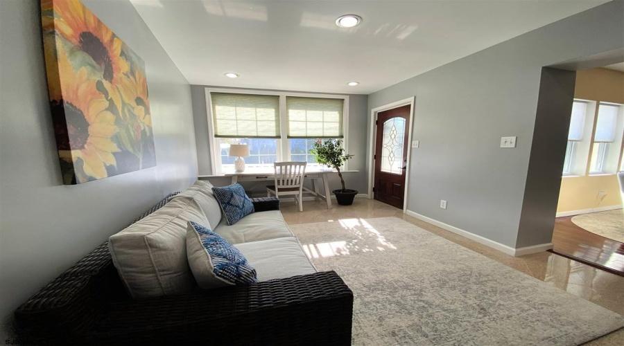 5901 Ventnor, Ventnor, New Jersey 08406, 7 Bedrooms Bedrooms, ,4 BathroomsBathrooms,House (rental),For Sale,Ventnor,17596