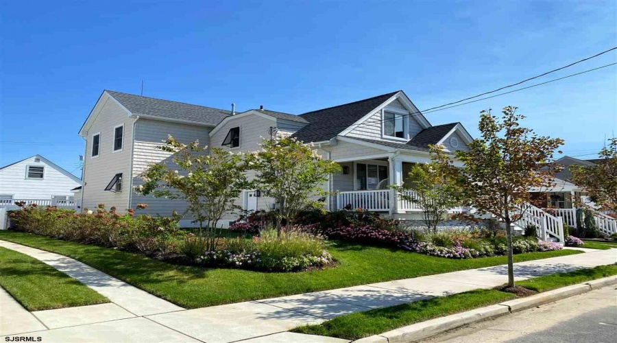 107 Exeter, Margate, New Jersey 08402, 6 Bedrooms Bedrooms, ,4 BathroomsBathrooms,House (rental),For Sale,Exeter,17604
