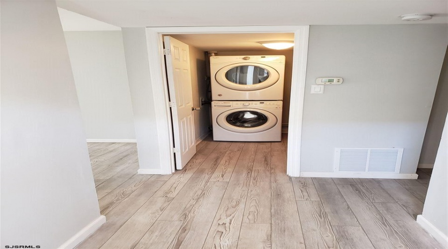 2744 Mimosa, Mays Landing, New Jersey 08330, 2 Bedrooms Bedrooms, ,1 BathroomBathrooms,Apartment (rental),For Sale,Mimosa,17856