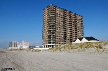 9100 Beach- Margate- New Jersey 08402, 2 Bedrooms Bedrooms, ,2 BathroomsBathrooms,Condominium (rental),For Sale,Beach,17860