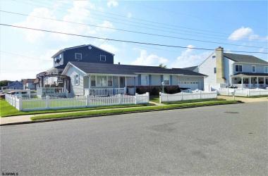 101 Marsden Place, Brigantine, New Jersey 08203-2, 3 Bedrooms Bedrooms, ,1 BathroomBathrooms,Single Family,For Sale,Marsden Place,4193