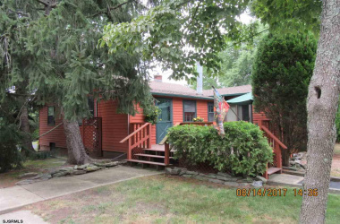 1100 Nugent, Northfield, New Jersey 08225, 3 Bedrooms Bedrooms, ,1 BathroomBathrooms,Single Family,For Sale,Nugent,5376